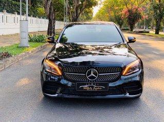 Chính chủ bán xe Mercedes C300 AMG năm 2018