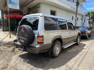 Cần bán Mitsubishi Pajero 2000, màu bạc, xe nhập, xe gia đình, giá chỉ 138 triệu