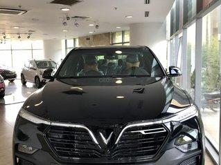 Còn 1 Lux SA Base Đen 2019 - ưu đãi hơn thị trường 150 triệu nữa