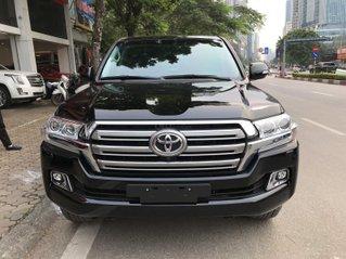 Toyota Landcruiser sản xuất 2020 giao ngay trong tháng 10
