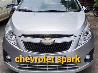 Cần bán Chevrolet Spark sản xuất năm 2012, màu bạc, 180tr