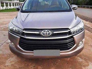Bán Toyota Innova năm 2016, màu xám còn mới, 525tr