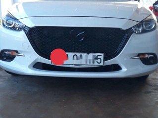 Xe Mazda 3 sản xuất 2019, màu trắng