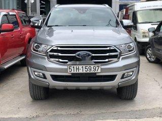 Cần bán gấp Ford Everest năm 2019, màu bạc, nhập khẩu Thái