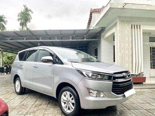 Cần bán xe Toyota Innova 2019, màu bạc, 668 triệu