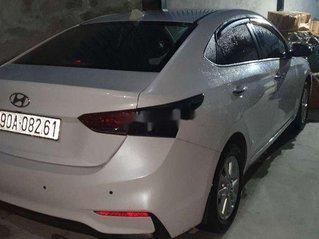Bán ô tô Hyundai Accent sản xuất năm 2019, màu trắng