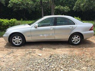 Bán Mercedes đời 2002, màu bạc, xe nhập số sàn