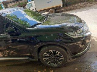 Bán Mitsubishi Outlander 2020, màu đen, giá 850tr