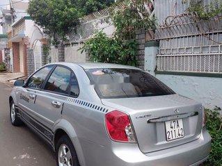 Cần bán xe Daewoo Lacetti năm 2011, màu bạc, số sàn