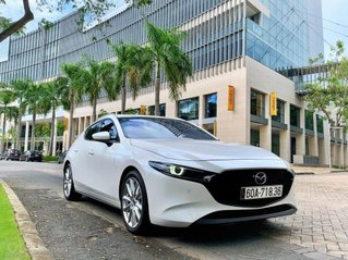 Bán xe Mazda 3 2.0L Premium Signature đời 2020, màu trắng