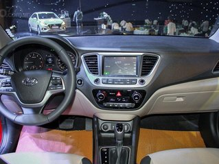Bán xe Hyundai Accent đời 2020, màu trắng, số tự động