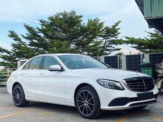 Xe Mercedes C200 Exclusive 2020: Thông số, giá lăn bánh (10/2020) giảm tiền mặt, tặng bảo hiểm, 02 năm bảo dưỡng