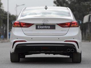 Bán xe Hyundai Elantra Sport đời 2020, màu trắng