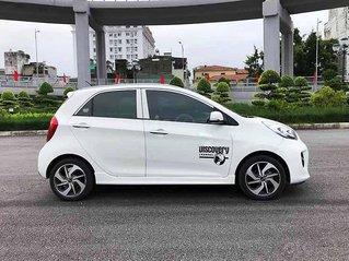 Bán Kia Morning sản xuất 2018, màu trắng còn mới, giá tốt