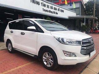 Bán gấp Toyota Innova 2.0G 2018, màu trắng