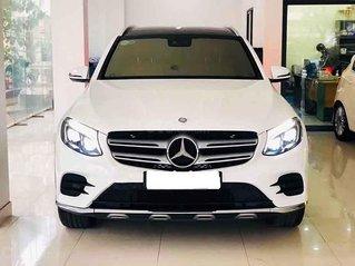 Bán Mercedes GLC-Class năm sản xuất 2018, màu trắng còn mới