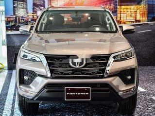 Cần bán Toyota Fortuner 2.4G MT năm 2020, giao nhanh toàn quốc