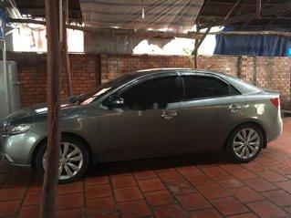 Cần bán lại xe Kia Forte 2010, màu xám, xe gia đình