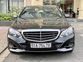 Cần bán lại xe Mercedes-Benz E class đăng ký lần đầu 2014, màu đen còn mới. Giá tốt 1 tỷ 180 triệu đồng