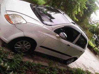 Cần bán Chevrolet Spark LT 0.8 MT năm 2010, màu trắng