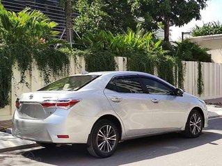 Bán xe Toyota Corolla Altis đời 2018, màu bạc giá cạnh tranh