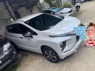 Bán xe Mitsubishi Xpander 1.5 AT sản xuất năm 2019, màu trắng, nhập khẩu