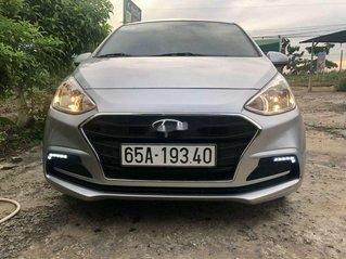 Cần bán xe Hyundai Grand i10 năm sản xuất 2019, màu bạc