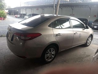 Cần bán lại xe Toyota Vios đời 2019, số sàn