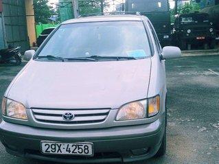 Bán Toyota Sienna năm sản xuất 2005, nhập khẩu nguyên chiếc, giá ưu đãi