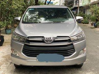 Cần bán lại xe Toyota Innova sản xuất năm 2017, xe nhập, còn mới