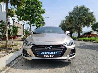 Cần bán lại xe Hyundai Elantra năm sản xuất 2018