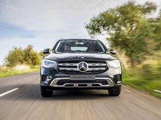 Bán xe Mercedes - Benz GLC 200, giao xe nhanh