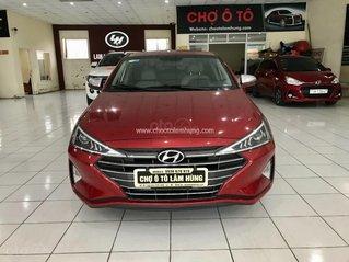 Bán gấp Hyundai Elantra 1.6 AT 2019, màu đỏ