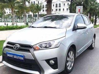 Bán xe Toyota Yaris sản xuất 2015, màu bạc còn mới, 490tr
