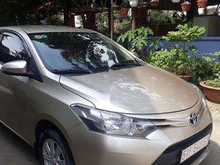 Bán Toyota Vios sản xuất 2015 giá cạnh tranh, chính chủ sử dụng