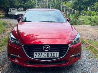 Bán Mazda 3 cuối 2019, màu đỏ pha lê