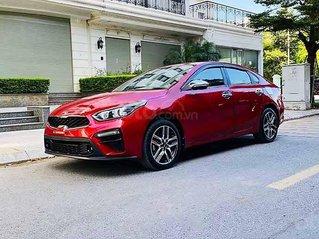 Bán xe Kia Cerato năm sản xuất 2019, màu đỏ còn mới, 570tr