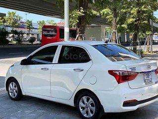 Bán ô tô Hyundai Grand i10 năm sản xuất 2019, màu trắng còn mới, 355tr