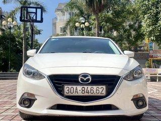 Cần bán gấp chiếc Mazda 3 sản xuất năm 2015, xe một đời chủ giá mềm