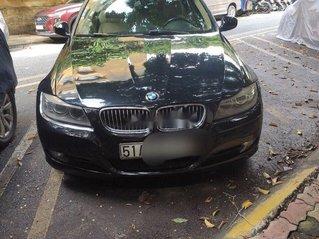 Cần bán gấp BMW 320i năm 2011, màu đen, nhập khẩu nguyên chiếc