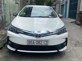 Cần bán gấp Toyota Corolla Altis sản xuất 2018, giá thấp, động cơ ổn định