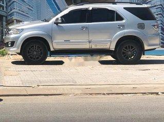 Xe Toyota Fortuner sản xuất năm 2013, xe còn mới, động cơ ổn định