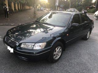 Bán Toyota Camry 2.2 GLI sản xuất 1999, màu đen số sàn, 195tr