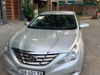 Bán Hyundai Sonata đời 2010, màu bạc, nhập khẩu nguyên chiếc