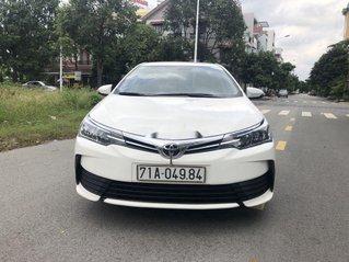 Cần bán gấp Toyota Corolla Altis đời 2018, màu trắng, giá 548tr