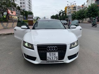 Bán Audi A5 năm sản xuất 2010, màu trắng, xe nhập