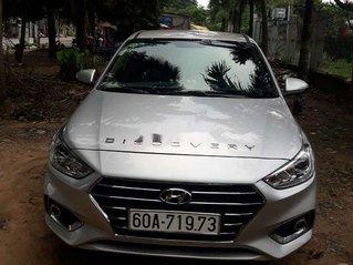 Bán ô tô Hyundai Accent 2019, màu bạc như mới, giá tốt