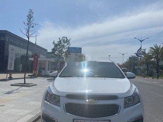 Bán Chevrolet Cruze sản xuất 2017, màu trắng