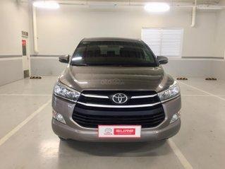 Cần bán xe Toyota Innova 2.0E MT 2018, màu đồng gia đình Tp. HCM, đi 83.000km - Xe cũ chính hãng Toyota Sure