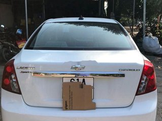 Cần bán Chevrolet Lacetti đời 2012, màu trắng ít sử dụng